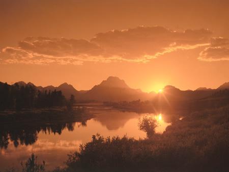 sun_lake_mountains.jpg